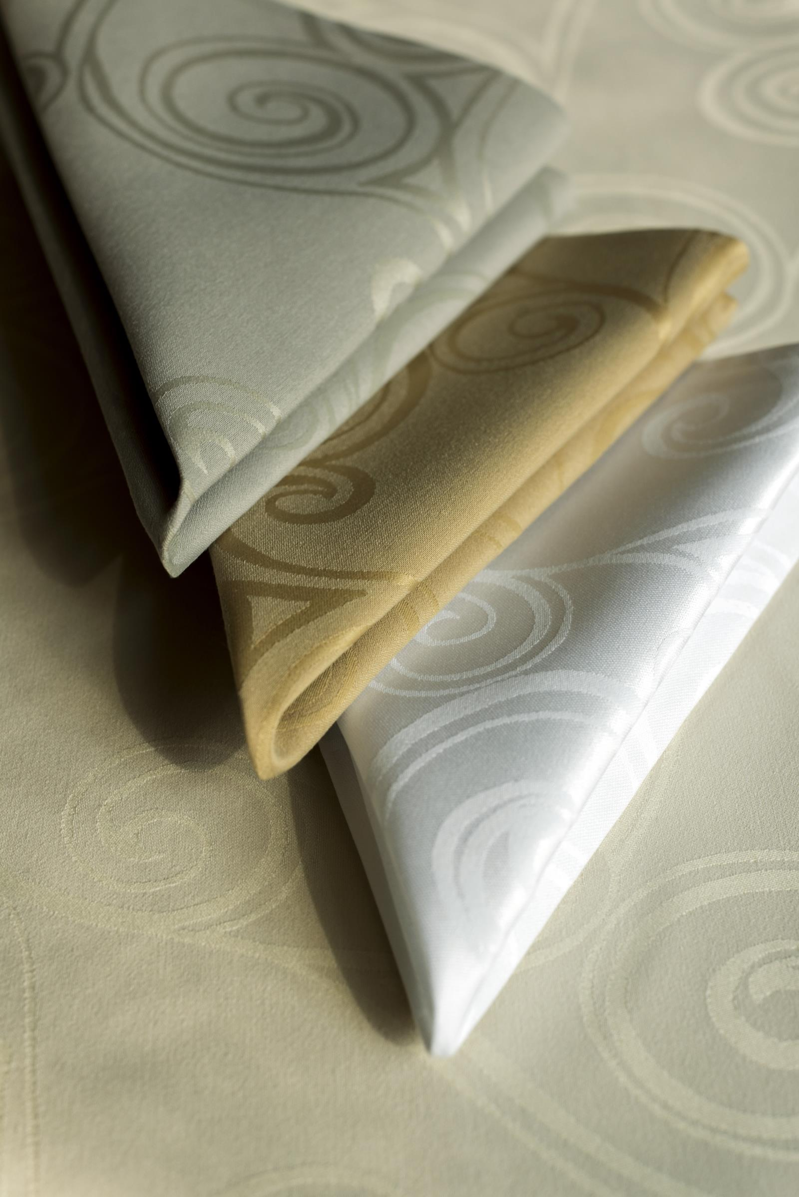 damask table linens